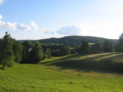 paysage, colline, arbre, l'agriculture, herbe, nature, ciel, vallée, lumière du jour, montagne, campagne