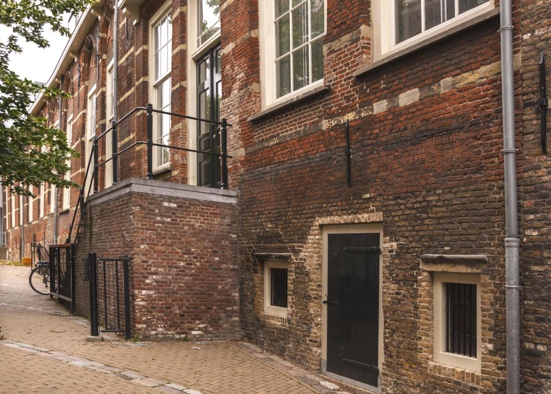 Image libre maison architecture fen tre brique rue for Architecture fenetre