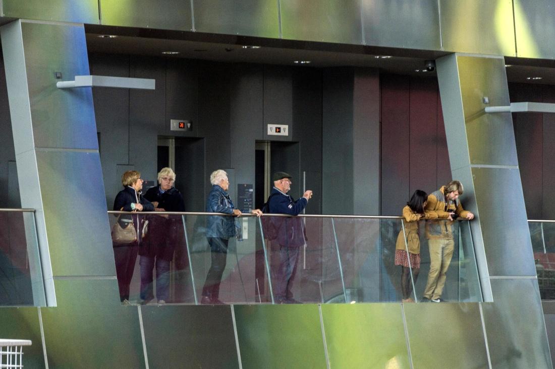 gente, multitud, gente, interior, centro comercial, urbano