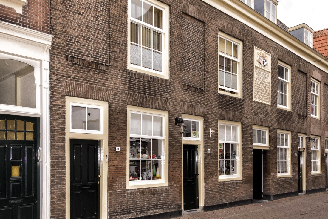 architecture, house, home, window, street, facade, brick, city