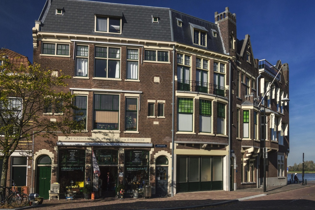 architecture, house, home, facade, old, city, building, street