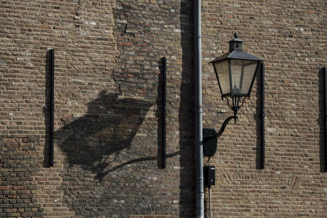 wall, brick, old, architecture, lamp, lantern