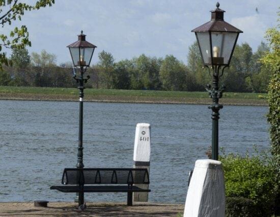 street lamp, park, bench, lantern, water