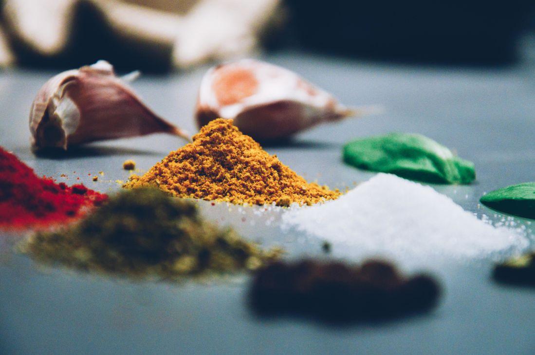 češnjak, makronaredbe, đumbira, u prahu, začin, šarene, sol, papar