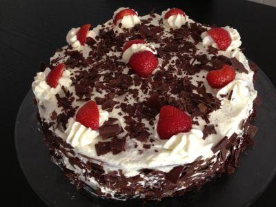 cake, cream, chocolate, sweet, delicious, sugar, berry, dessert
