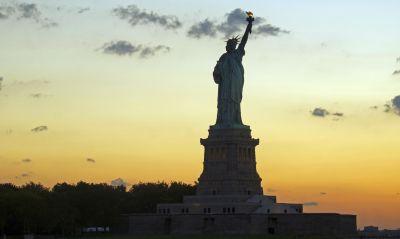 architecture, statue, sculpture, sky, pedestal, structure, monument