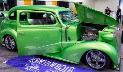 car, vehicle, drive, engine, tire, sedan, green, wheel, oldtimer, luxury