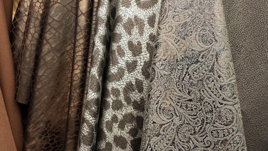 Imagen gratis: patrón, tela, textil, diseño, textura, moda, brown ...