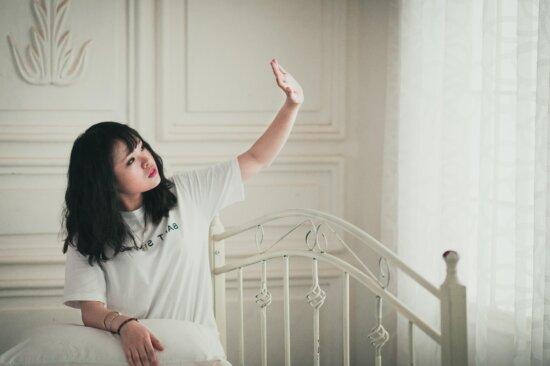 jolie fille, gens, femme, chambre, blanc, mode, modèle photo