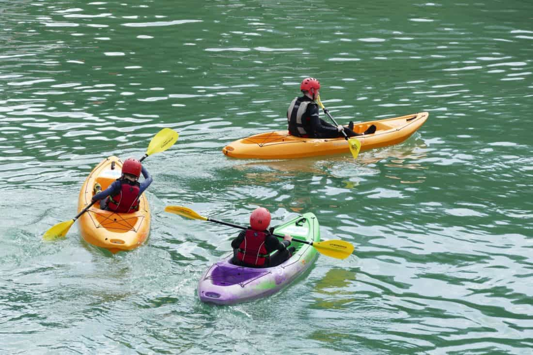 voda, kajak, kánoe, veslo, loď, sport, rekreace, řeka