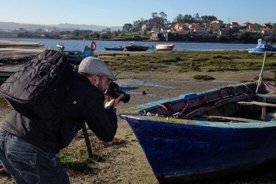 watercraft, photographer, water, people, vehicle, boat, sky, outdoor