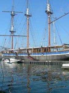 water, watercraft, boat, ship, harbor, vehicle, sea, mast
