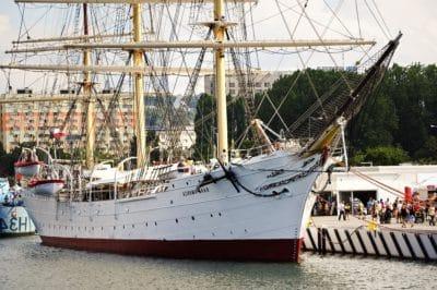 watercraft, ship, boat, harbor, water, sea, urban, sail, sailboat