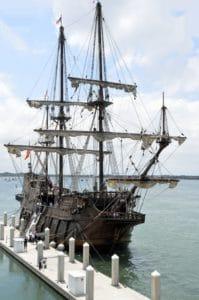 плавателни съдове, кораб, вода, док, синьо небе, лодка, море, платно, платноходка, мачта