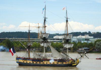 watercraft, ship, boat, water, sail, sea, vehicle, pirate, urban