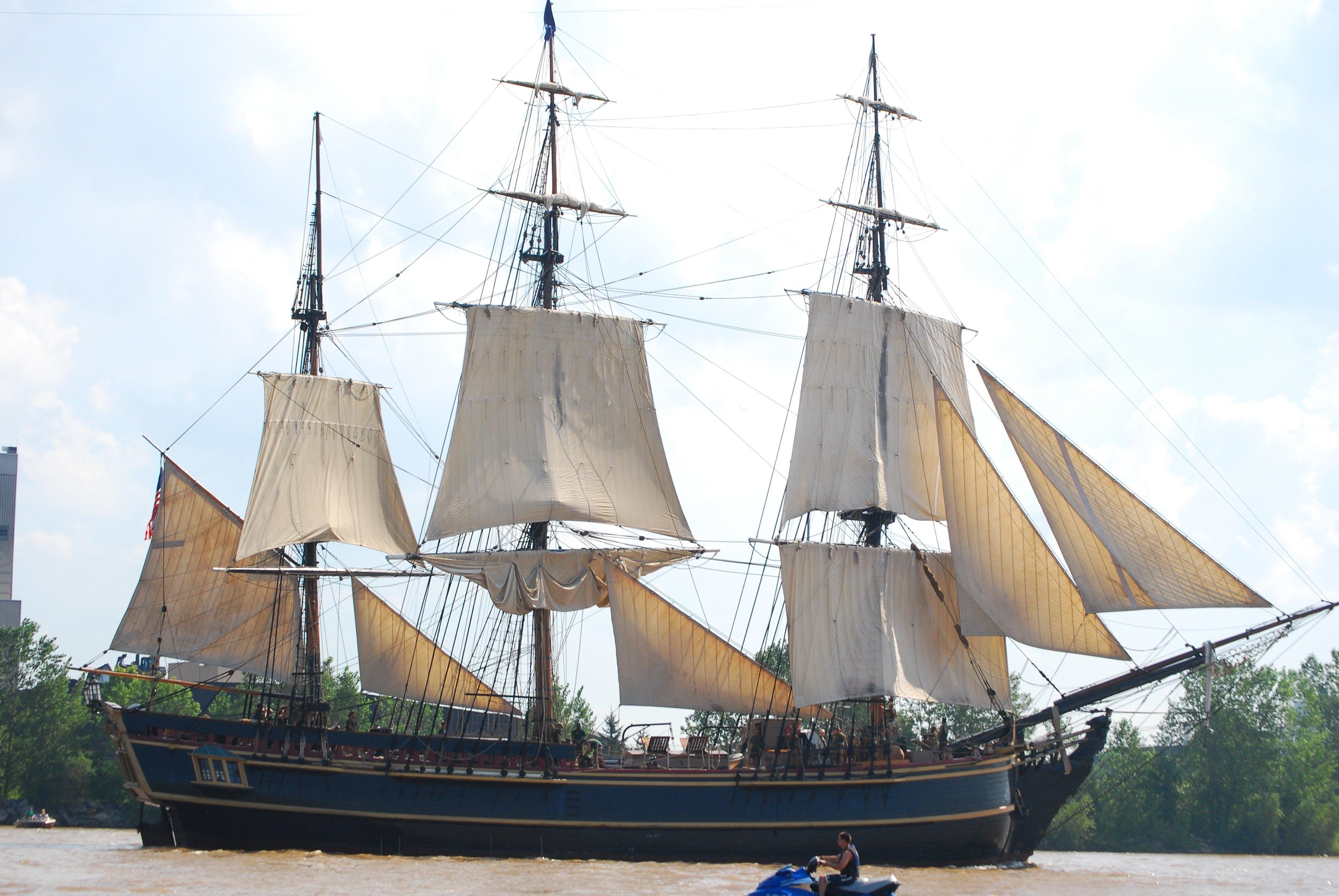 Image libre motomarine voile bateau pirate marine - Voile bateau pirate ...