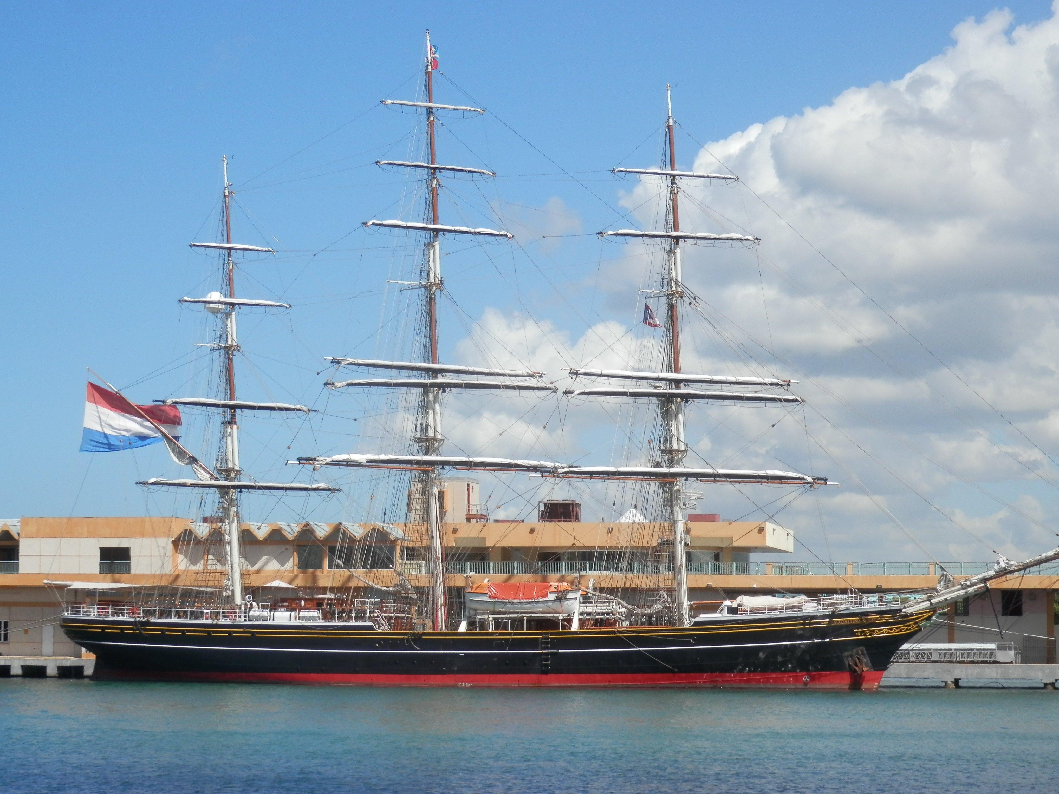 Image libre motomarine bateau eau urbain bateau - Voile bateau pirate ...