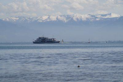 water, watercraft, sea, ship, ocean, vehicle, sky, boat, mountain, wave