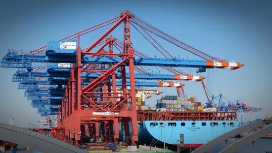 Wasserfahrzeuge, Schiff, Wasser, Frachtschiff, Ladung, Transport, Versand, Hafen, Himmel, Meer, Industrie