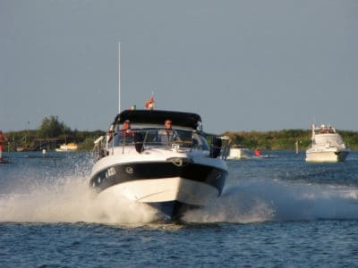 vehicle, water, sky, watercraft, ship, boat, speedboat, motorboat, speed