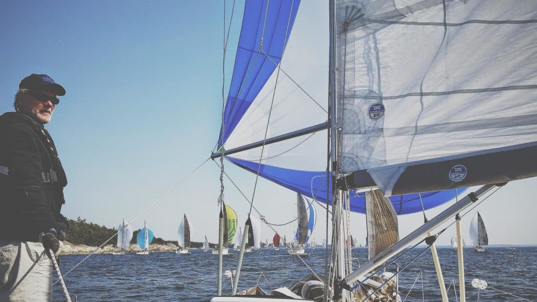 purjevene, purje, merimies, mies, purjehdus, tuuli, vesijetit, yacht, vesi, laiva, meri