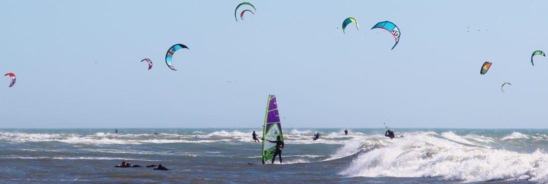 Vjetar, voda, sport, veselje, plaža, vala, avantura