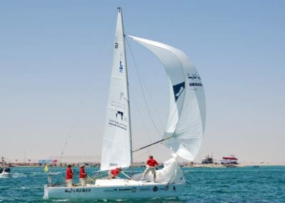 plachetnica, yacht, plachta, šport, závod, vietor, voda, vodné skútre, more, loď