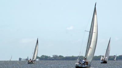 Парусник, парус, гидроцикл, спорт, ветер, вода, яхт, автомобиль, гонки