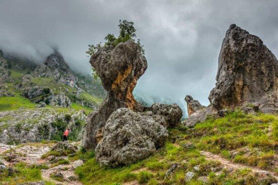 nature, landscape, mountain, megalith, stone, cloud, sandstone, grass