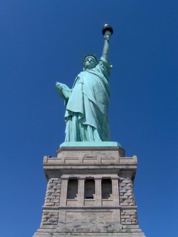 statue, sculpture, blue sky, architecture, monument, sky, pedestal