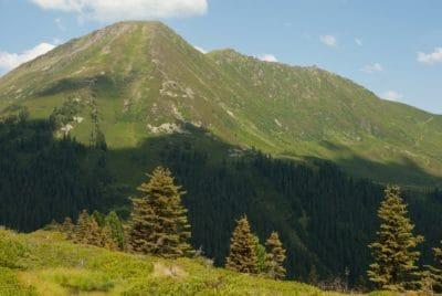 fjellet, landskapet, naturen, fjelltopp, løvverk, beite, dalen, skog, himmelen, utendørs