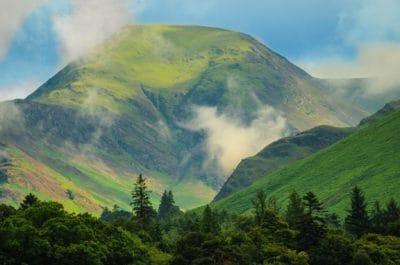 bjerg, landskab, grønne, løv, nåletræ, blå himmel, natur, tåge, dalen, sky, skov