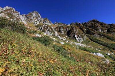 landskab, bjerg, natur, himmel, træ, geologi, udendørs, græs