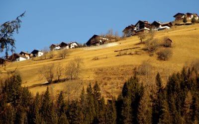 paisaje, cielo azul, montaña, árbol, cielo, al aire libre, hierba, verano