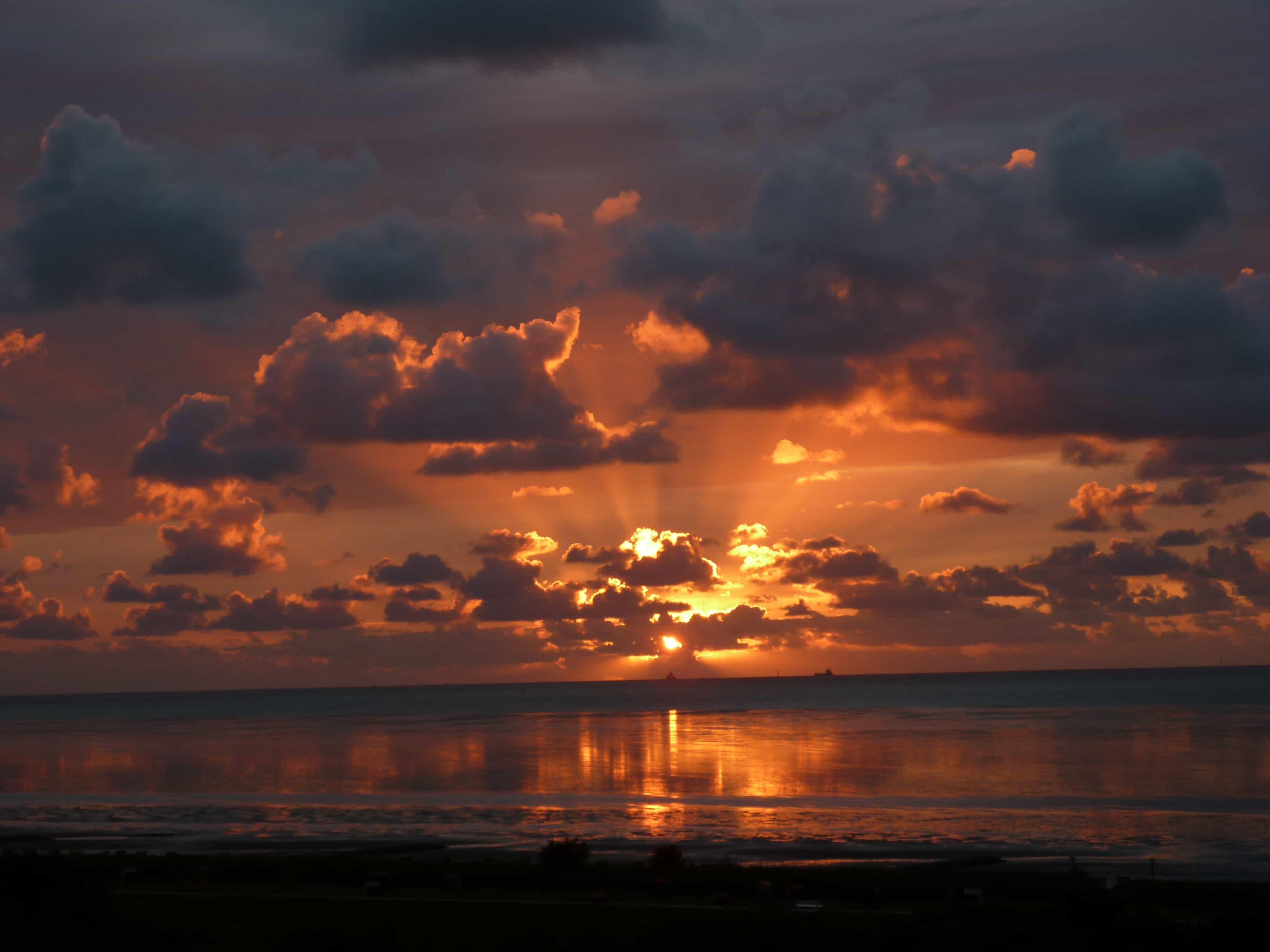 Kostenlose Bild Sonnenaufgang Dunkelheit Wasser