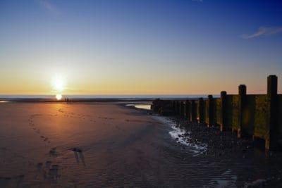 lever du soleil, silhouette, eau, plage, mer, aube, océan, jetée, littoral