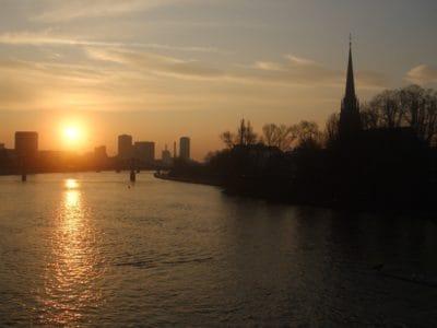 sunrise, town, urban, sunlight, dawn, water, dusk, river, reflection, lake, backlit