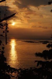 Ανατολή του ηλίου, τροπικό νησί, Ειρηνικού, φως του ήλιου, αυγή, νερού, με οπίσθιο φωτισμό, ήλιος, παραλία, σιλουέτα