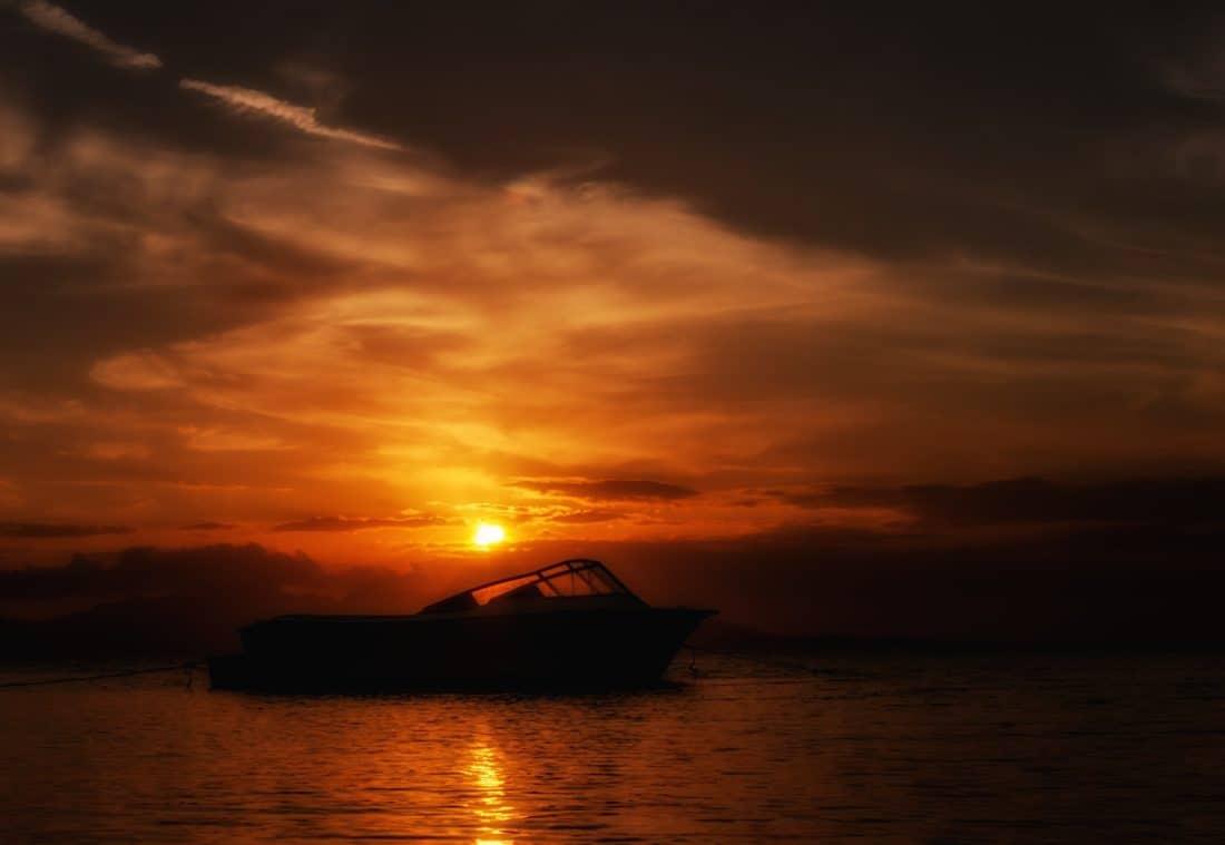salida del sol, al aire libre, crepúsculo, silueta, agua, amanecer, atardecer, playa, mar, sol, océano, retroiluminada
