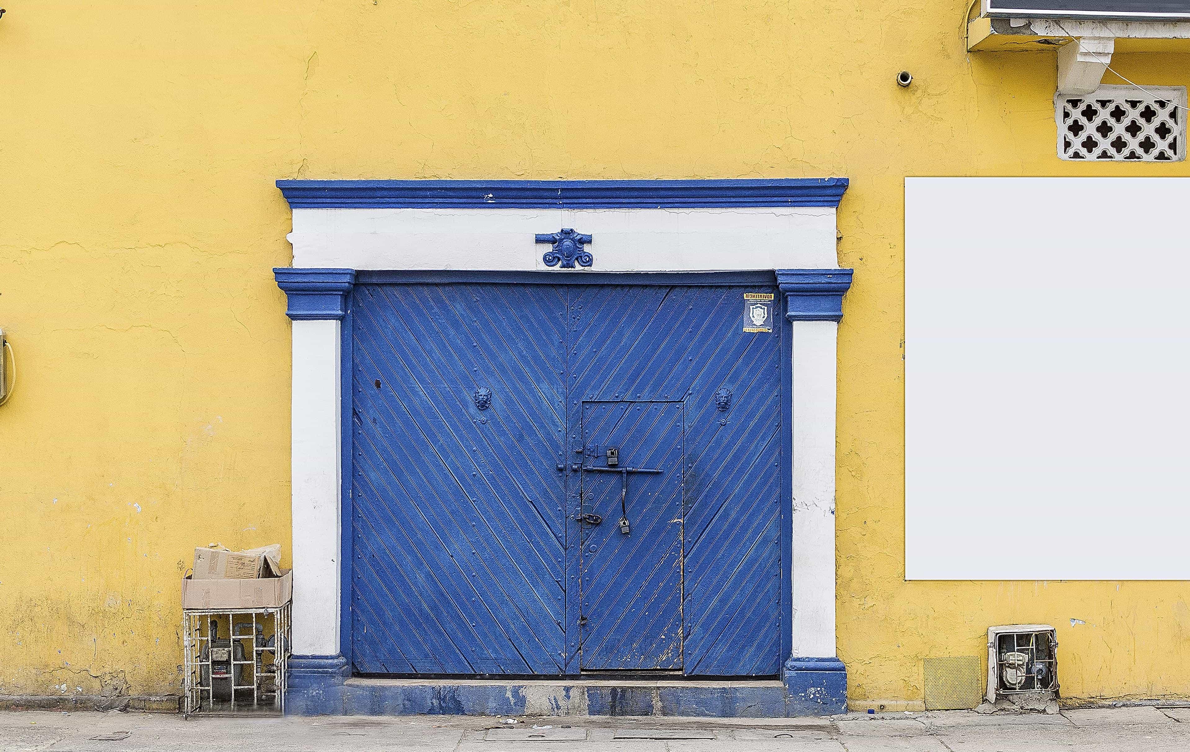 Image Libre Architecture Façade Maison Porte Fenêtre Garage