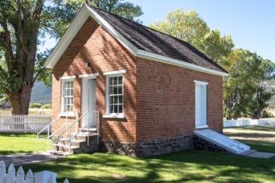 house, sky, facade, home, estate, lawn, architecture, exterior, residence, garden