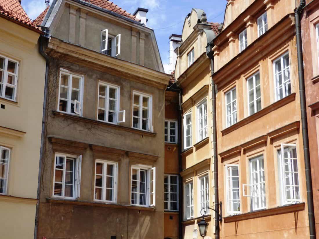 Image libre architecture maison maison fen tre balcon for Architecture fenetre