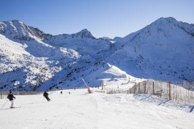 neve, montagna, sci, sport, cielo blu, inverno, freddo, sciatore, ghiaccio, paesaggio