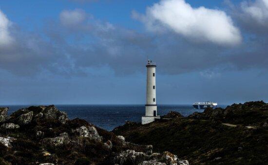 lighthouse, sea, blue sky, cloud, seashore, water, ocean, beach, sky