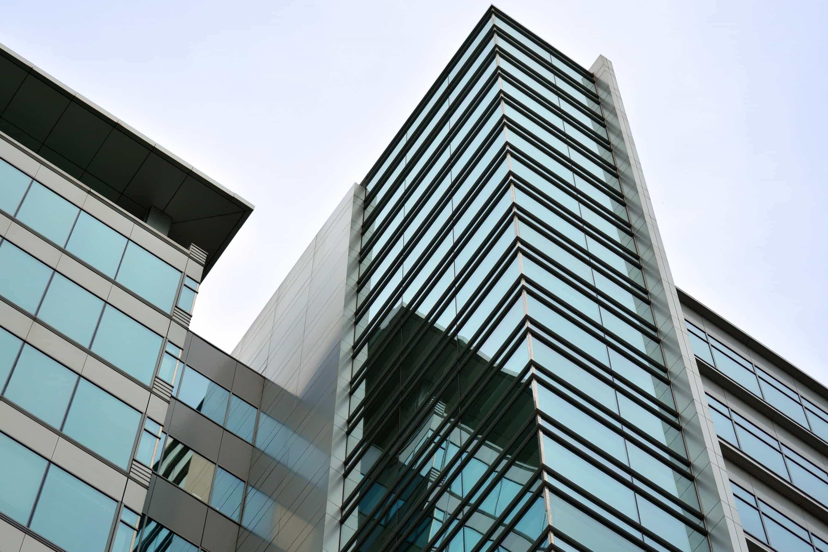 Kostenlose bild geb ude architektur fenster innenstadt for Moderne architektur gebaude