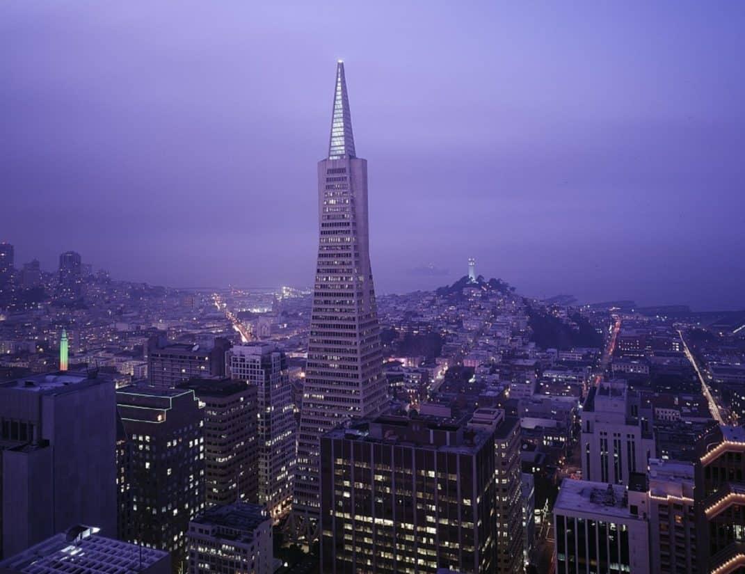 építészet, város, épület, torony, éjszaka, városkép, magas, ég, alkonyatkor, torony