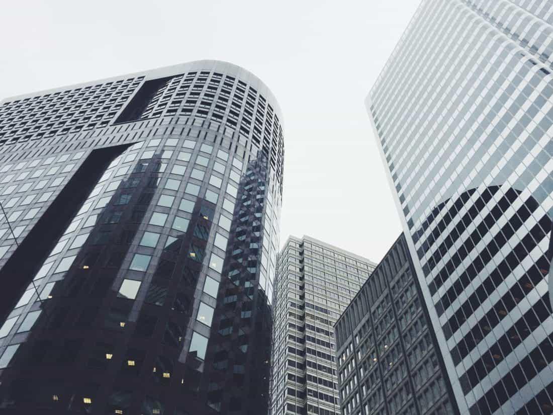 Stadt, Stadtansicht, Gebäude, Fassade, Innenstadt, Turm, moderne Architektur