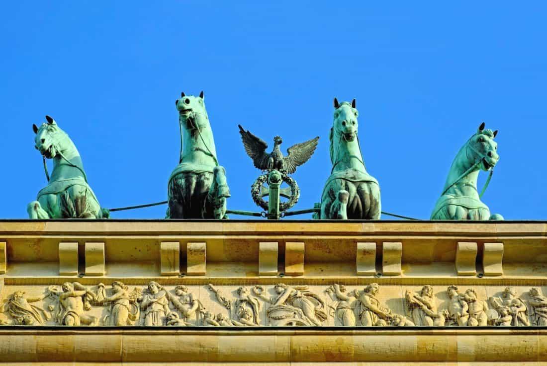 statue, city, architecture, monument, blue sky, art, sculpture, horse