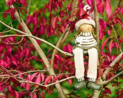 doll, figure, toyl, branch, leaf, wool, shoes