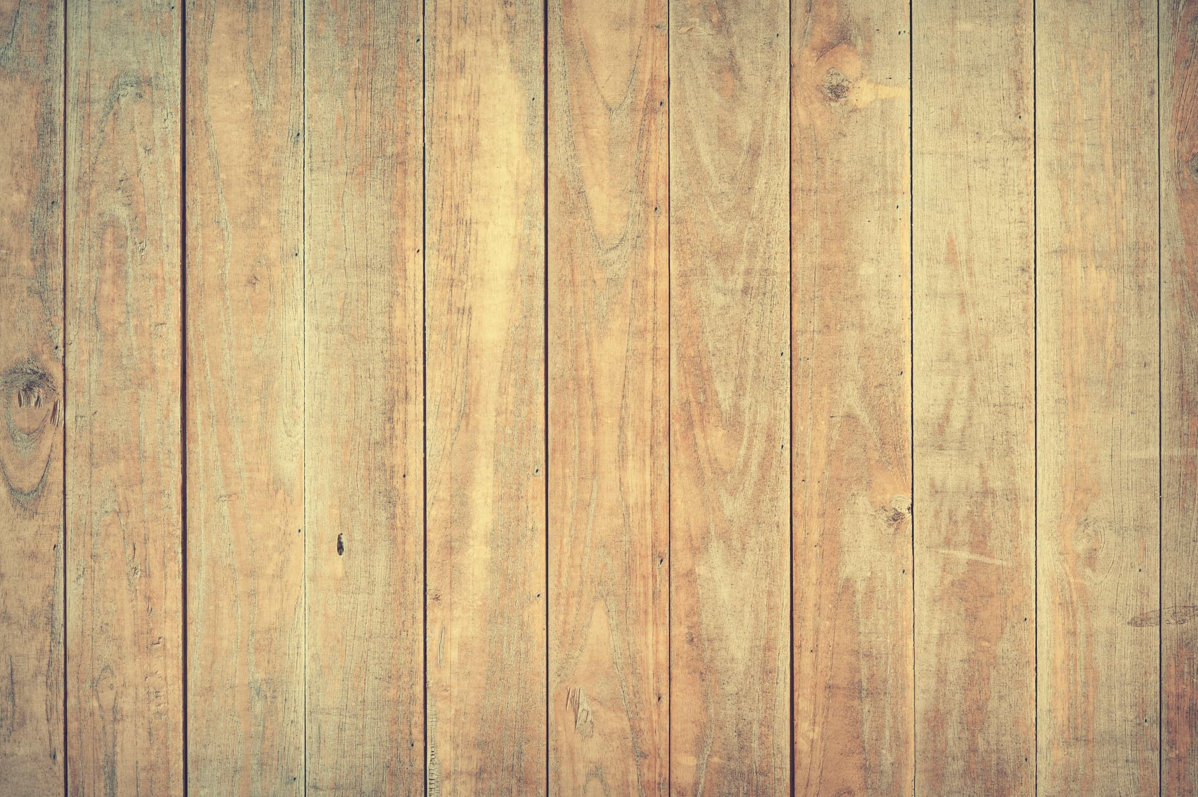 Rivestimento pareti in legno grezzo con rivestimenti in legno per